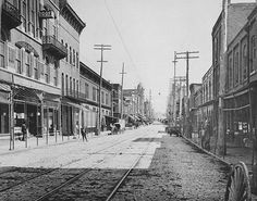 1895view of Whitehall Street (now Peachtree Street) from Mitchell Street.