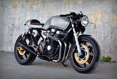 RocketGarage Cafe Racer: Honda CB 750 1997