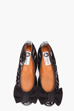 lanvin....I love these shoes. I'll just put -em- here, anyways everything I love my mom gets into.