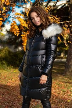 Atmosphere Fashion, Puffy Jacket, Down Coat, Jacket Style, Moncler, Winter Outfits, Jackets For Women, Shopping, Tumblr