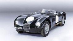 En 1953, quand Guy Griffiths a acheté cette Jaguar XK120-C pour l'équivalent de 800€, il était loin de se douter que sa...