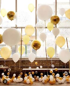 Which Wedding Website Is Best Yellow Balloons, Big Balloons, Wedding Balloons, Balloon Garland, Balloon Decorations, Wedding Decorations, Hotel Party, Hotel Wedding, Wedding Halls