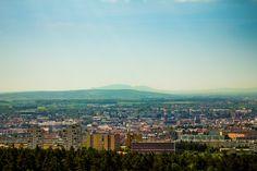 Pohled z rozhledny Ostrá horka. V pozadí Pálava. Brno Czech republik.