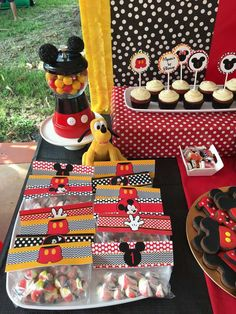 Mickey Mouse Birthday Party Ideas | Photo 1 of 14