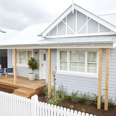 It was the final Facade Reveal on The Block. I must admit I LOVE these little houses. I am not sure Sticks and Wombat… Cottage Exterior, House Paint Exterior, Exterior House Colors, Exterior Design, Weatherboard House, Queenslander, House Ideas, Exterior Makeover, Hamptons House