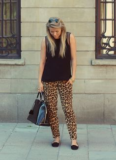 leopard black and gold