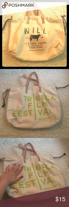 TriBeCa Film Festival Tote Unbelievably adorable canvas tote. Whether you want to carry your laptop or carry your grocers it's perfect. Size reference see photo with the hand. Bags Totes
