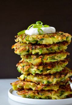 Zucchini Fritters- Whether you're looking for low carb snacks, side dishes, or apps, this recipe should be one of the first on your list. With just five wholesome ingredients and 25 minutes, you can transform the summer veggie into addicting c Vegetable Dishes, Vegetable Recipes, Vegetarian Recipes, Cooking Recipes, Curry Recipes, Falafel, Tapas, Healthy Snacks, Healthy Snack Recipes For Weightloss
