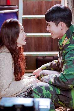 Crash Landing On You Kdrama Drama Funny, Drama Memes, Hyun Bin, Asian Actors, Korean Actors, Best Kdrama, W Two Worlds, Jung Hyun, Korean Drama Movies