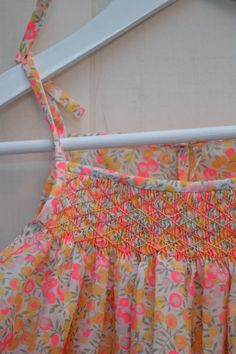 hilde de citronille Smocking Plates, Smocking Patterns, Smocked Dresses For Girls, Little Girl Dresses, Liberty Print, Liberty Fabric, Punto Smok, Toddler Apron, Kids Frocks Design