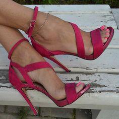 Rose Line-Style Buckle Stiletto Heel Sandals