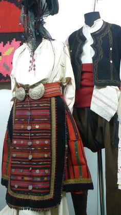 Folk costumes - Bulgaria