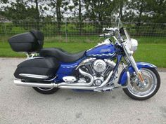 Used 2007 Harley-Davidson FLHRSE3 - Road King Screamin' Eagle Motorcycles For Sale in Ohio,OH. 2007 Harley-Davidson FLHRSE3 - Road King Screamin' Eagle, One Cool Blue Custom King You'll be hard-pressed to find a better place to park tail. Screamin' Eagle® Twin Cam 110 engine. Translation: six gears to blow cheeks over ears. The eyes can't help but be drawn to the sight of all that chrome; from the custom forged 18-inch front wheel to custom forged, chrome-plated 17-inch rear. Flush-mount…