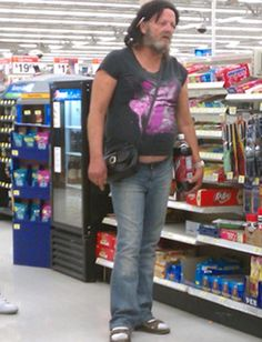 People of Walmart Part 3 – Pics 4 Weird People At Walmart, Walmart Funny, Go To Walmart, Only At Walmart, Walmart Photos, Funny People, Walmart Stuff, Walmart Customers, Walmart Shoppers