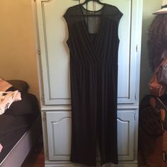 Dressy Jumpsuit Very elegant black jumpsuit. Pretty to wear and very comfortable. EUC. Size 3X. Pants Jumpsuits & Rompers
