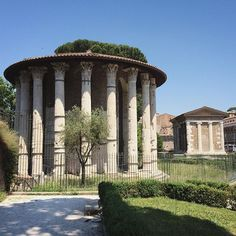 """The """"Temple of Hercules"""" and the """"Temple of Portunus""""... Two hidden treasures of #Rome."""