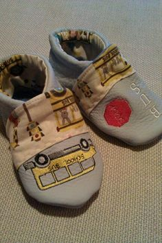 Chaussons cuir school bus