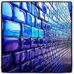 沖縄琉球ガラス村 いったことないから是非いきたい!!!こんなに綺麗なガラスに囲まれたい