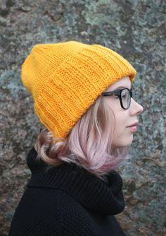 neulo Knitted Hats, Knitting Patterns, Fashion, Moda, Knit Patterns, Fashion Styles, Knitting Stitch Patterns, Fashion Illustrations, Loom Knitting Patterns