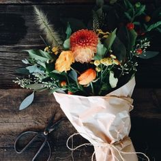 arthames:  jessicaheatherhunter:  Today was special. Thank you to all who put an order in with me. My favourite part about working with flowers is seeing the smiles they evoke.   罪人+情人