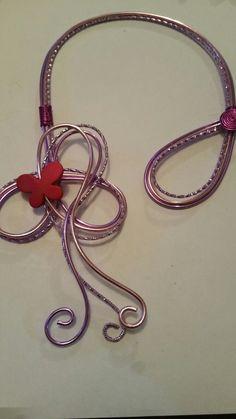 Création fait main avec fil d'aluminium papillon