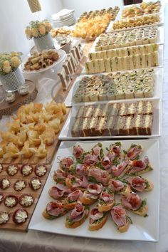 Boksomdaais Boutique Events - Home Party Food Buffet, Party Food Platters, Wedding Finger Foods, Ice Pop Recipes, Eid Food, Food Displays, Breakfast Buffet, Aesthetic Food, Appetizer Recipes