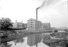 Holme Mills, Bradley, 1910. Source: Kirklees Image Archive Image Archive, West Yorkshire, Vintage Photographs, Vintage Pictures