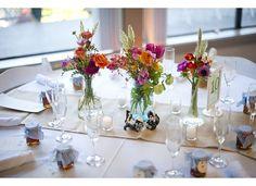 Round table, burlap runner, mason jars