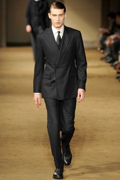 Corneliani Fall 2014 Menswear Collection Slideshow on Style.com