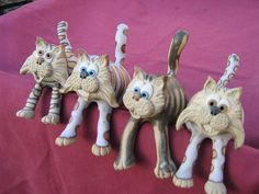 Collectable Miniature Pottery Shelf cat