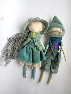 :: Crafty :: Cloth Doll :: 2 :: This beautiful duo are all dolled up and ready to go.
