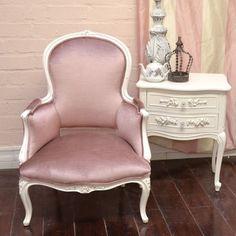 Curvy Sweet Rose Plum Velvet Armchair