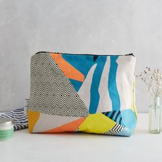 PRE ORDER CANARY Large Wash Bag