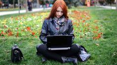 Kadınlar tarafından yazılan bilgisayar kodlarının erkeklerin yazdığından daha fazla onay gördüğü belirtiliyor.