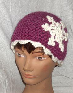 Crocheted winter hat, hat in organic wool, women winter hat, beanie, winter hat…