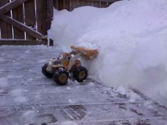 Rhandle Kennedy, New Hope  With this much snow, I had to break out the big equipment! #WHSVsnow