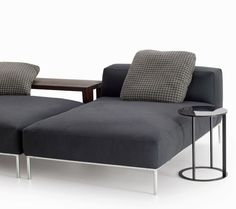Sofa Frank -B&B Italia - Design of Antonio Citterio Space Furniture, Living Furniture, Italia Design, Side Coffee Table, Extra Bed, B & B, Floor Chair, Home Decor, Bright Colours