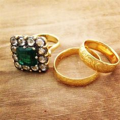 A gorgeous gold emerald and diamond ring and matching engraved gold bands from Arman Sarkisyan. #LoveGold
