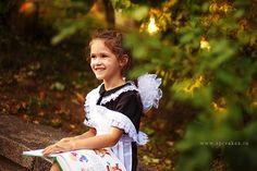Girls Dresses, Flower Girl Dresses, Back To School, Marie, Wedding Dresses, Children, Photo Ideas, Fashion, Infancy