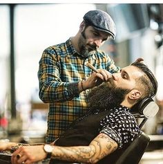 Our 1893 Shave Oil is perfect t for lining around the neck and beard! having his regular beard trim at here, good MAN! Beards And Mustaches, Moustaches, Great Beards, Awesome Beards, Best Beard Styles, Hair And Beard Styles, Beard Barber, Hipster Beard, Epic Beard