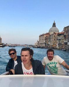 "Duran Duran (@duranduran) su Instagram: ""A little canal racing in Venice..#@duranduran #papergodslive #wheninrome"""