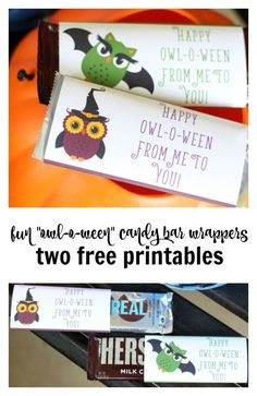 Jazz up a full size candy bar with these super cute Halloween candy bar wrappers! Gift them to a special friend, teacher, or child! Cute Halloween Food, Halloween Candy Bar, Fall Candy, Spooky Food, Halloween Crafts For Kids, Halloween Treats, Halloween Diy, Halloween Costumes, Chocolate Bar Wrappers