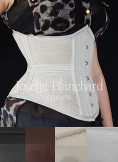Ref.: WC 002. Corset waist-cincher em tela 100% algodão preta e sarja 100% algodão preta, faixas internas e fechamento frontal por busk . Site: http://www.josetteblanchardcorsets.com/ Facebook: https://www.facebook.com/JosetteBlanchardCorsets/ Email: josetteblanchardcorsets@gmail.com josetteblanchardcorsets@hotmail.com