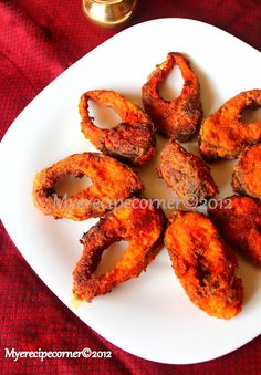 Goa Style Fish Fry FULL RECIPE HERE Part of me was functioning upon a build it and they will come mentality (probably out of self preservat. Goan Recipes, Seafood Recipes, Cooking Recipes, Kerala Recipes, Diet Recipes, Indian Fish Recipes, Fried Fish Recipes, Indian Foods, Veg Dishes