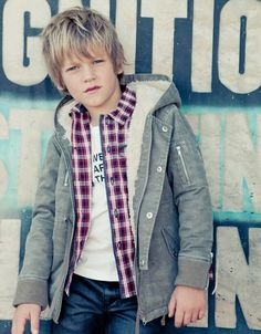 Boys Haircuts popular for cute kids, teens and little boys to look cool and trendy. From unqiue short and long boys hairstyles to cute black boys haircuts! Boys Haircuts 2018, Boy Haircuts Long, Cool Boys Haircuts, Long Layered Haircuts, Haircut Long, 2016 Haircut, Boys Hairstyles Trendy, Stylish Boy Haircuts, Little Boy Hairstyles
