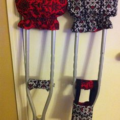 how to hurt your leg to get crutches