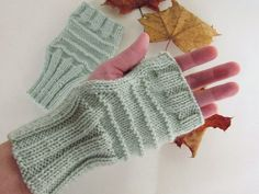 Gray green knit mittens Winter warm mittens by NeedlesOfSvetlana