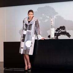 Explore the latest SARIGIANNI collection of real fur coats and bags. Modern & elegant mink coats, shearling jackets, fur-trimmed cashmere coats and more. Shearling Jacket, Fur Coat, Cashmere Coat, Fur Fashion, Innovation Design, That Look, Collections, Elegant, Classy