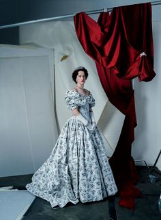 As seen in Vogue Magazine, Claire Foy wears an Alexander McQueen custom made violet bouquet silk taffeta fil coupé jacquard dress with hand-pleated and embroidered corset detailing. Photographed by Tim Walker. Styled by Phyllis Posnick The Crown Elizabeth, Young Queen Elizabeth, The Crown Season, Second Season, Tim Walker Photography, Little Dorrit, Going Blonde, Alexander Mcqueen Dresses, Jacquard Dress