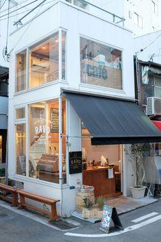 Ravo bake coffee, kobe, japan cafe shop design trong 2019 небольшое кафе, м Cafe Shop Design, Small Cafe Design, Cafe Interior Design, Brewery Interior, Japan Interior, Small Coffee Shop, Coffee Store, Coffee Cafe, Coffee Shop Japan